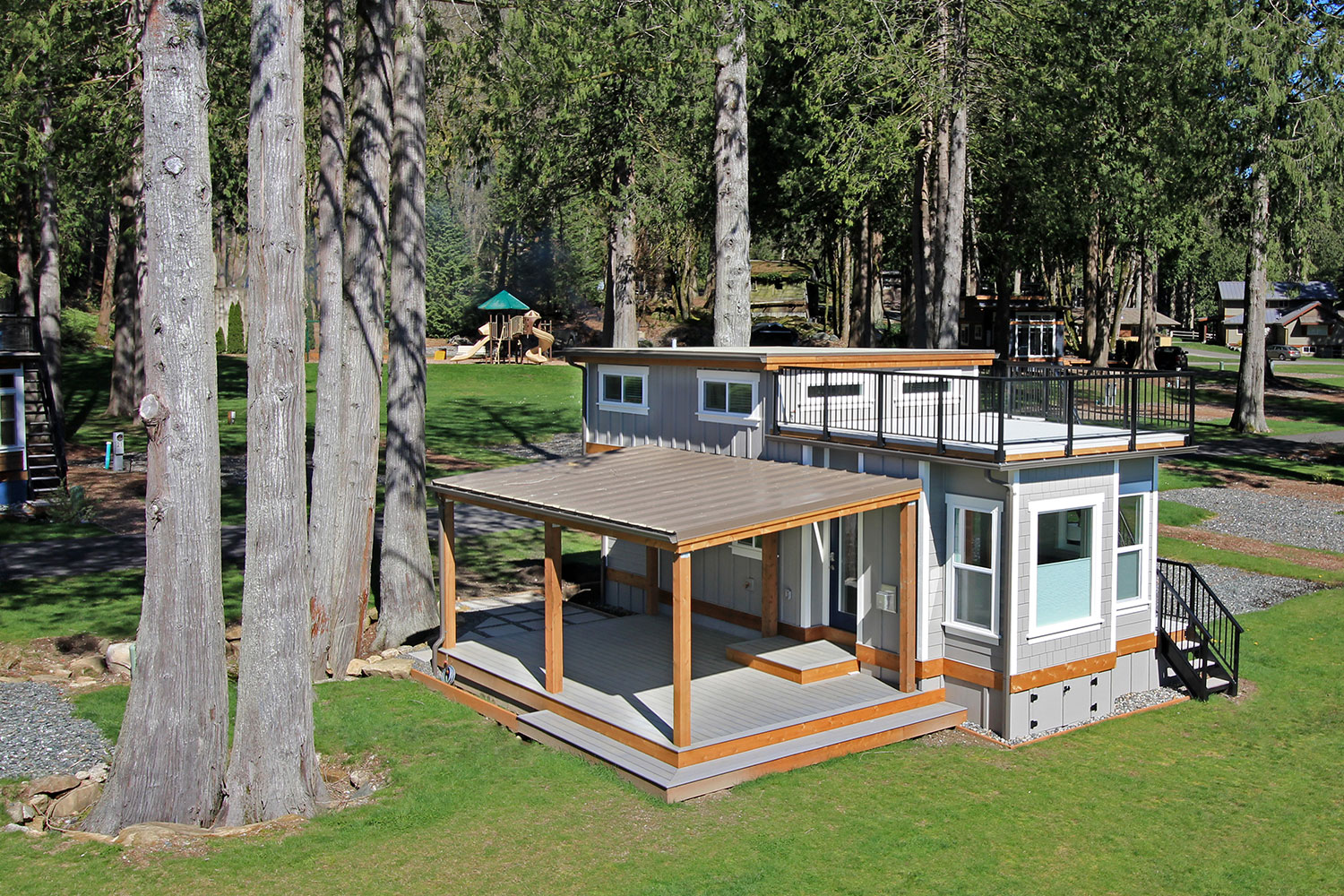 Bellevue 37 Park Model Tiny Home Exterior